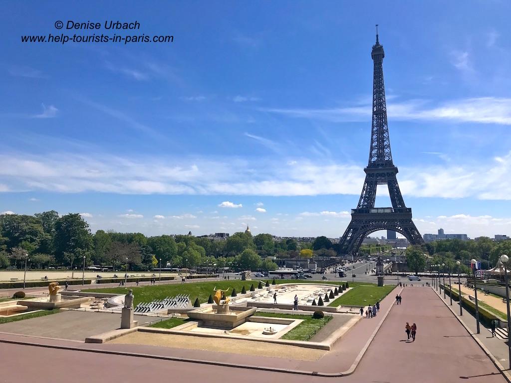 Eiffelturm Gesamtaufnahme