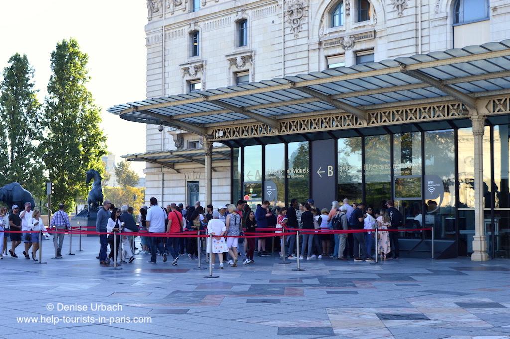 Eingang Musée d'Orsay Warteschlange