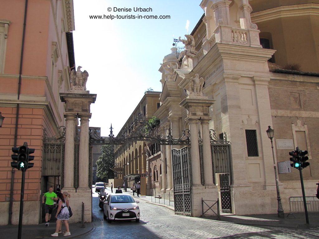 vatican-city-door-in-rome