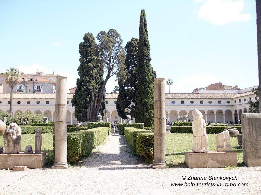 Diokletiansthermen Kreuzgang Michelangelo Rom