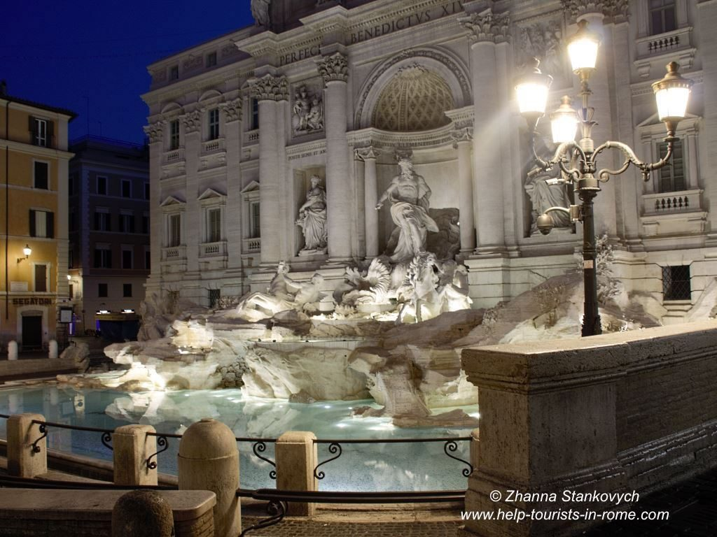 Trevi-Fountain-by-night