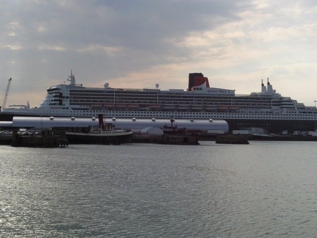 The QM2 docked in Portsmouth