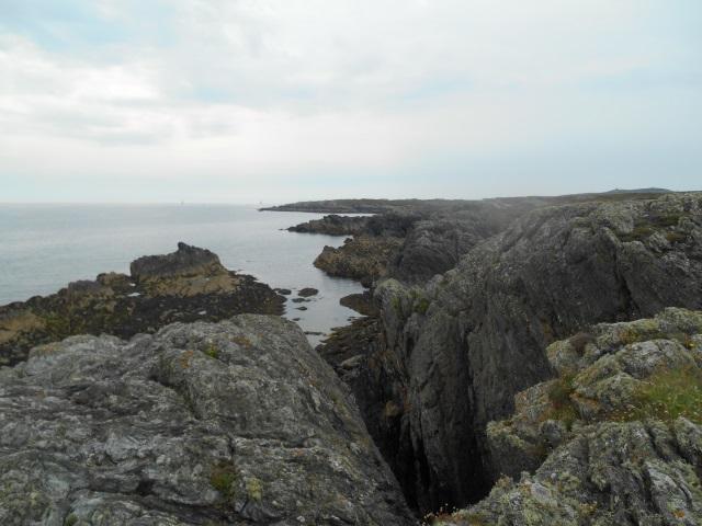 Rocks near Silver Bay