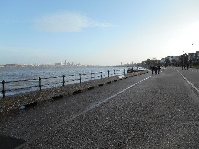 Promenade by the Mersey