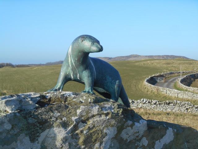 Maxwell otter statue