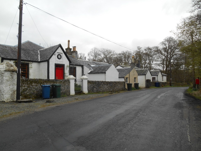 Cottages in Millhouse