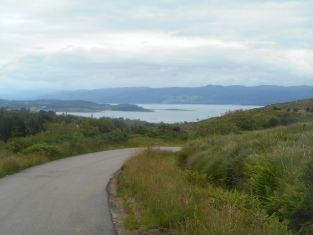 Bend in road with Loch Gilp in background