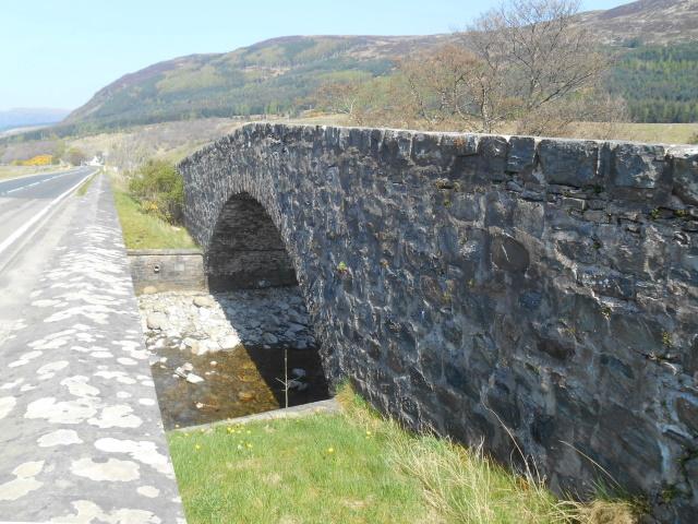 Inverlael Old Bridge