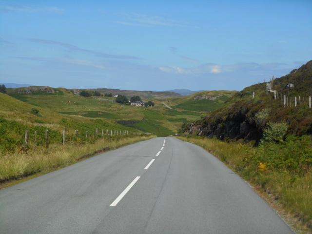 A863 between Glas Bheinn and Beinn Dhubh