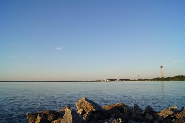 Näsijärven rannassa on Näsinneula