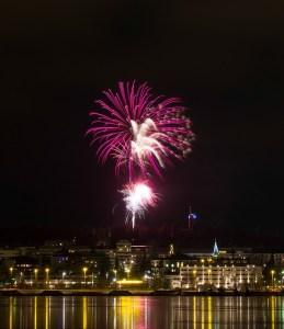 Sähkösopimus valaisee Jyväskylän yöllä