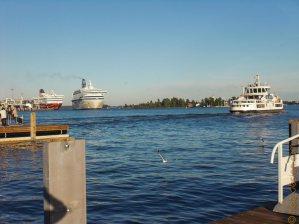 Bewegung im Hafen