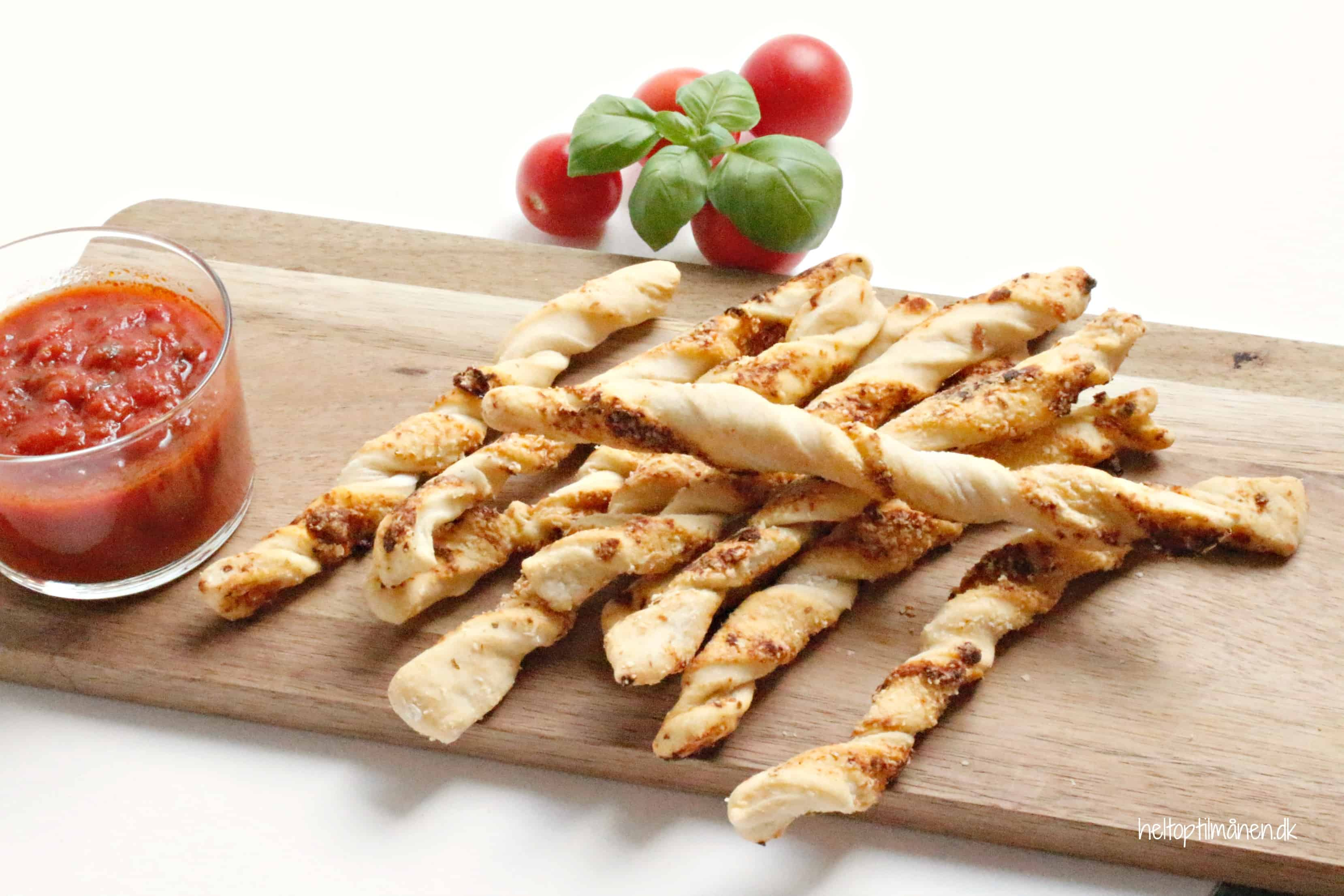 Pizza sticks