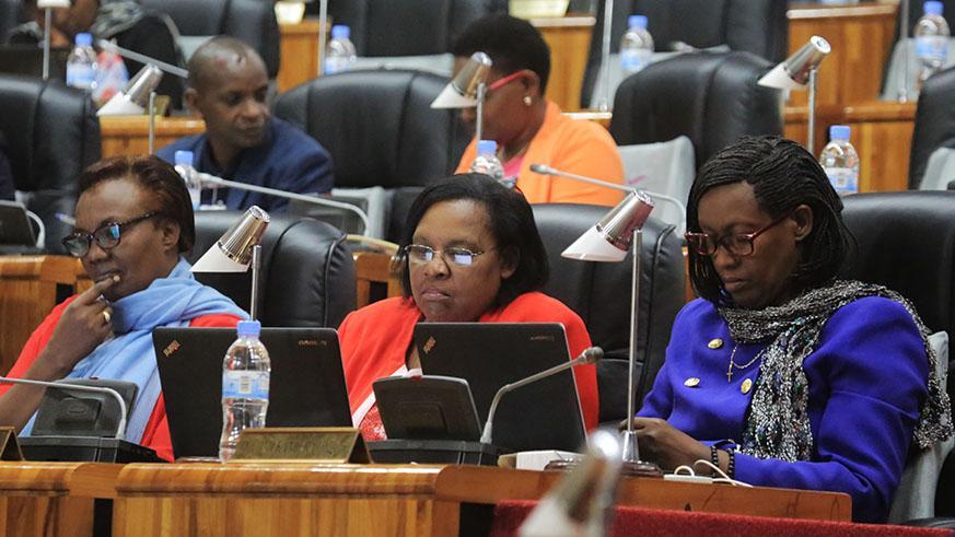 Dossier: Question du genre dans les parlements africains, état des lieux