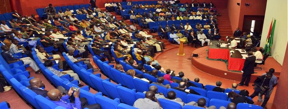 Burkina Faso : Le parlement clôture la session des lois sur une note satisfaisante