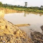 Le site d'exploitation des mines d'or dans la localité de Bozoum, Centrafrique © theinsightnewspaper/ HA