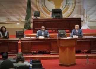Le présidium lors des travaux de l'Association des secrétaires généraux des parlements de l'Afrique au siège du Parlement Panafricain à Midrand en Afrique du Sud © Parlement ivoirien