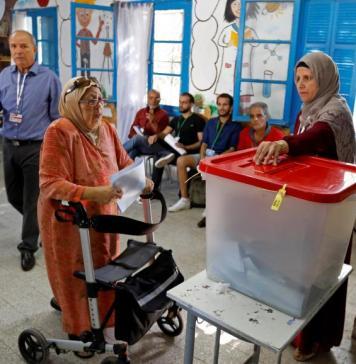 Les résultats des législatives de ce dimanches 6 octobre 2019 donnent vainqueur le parti à inspiration islamiste Ennahda © Rfi.fr