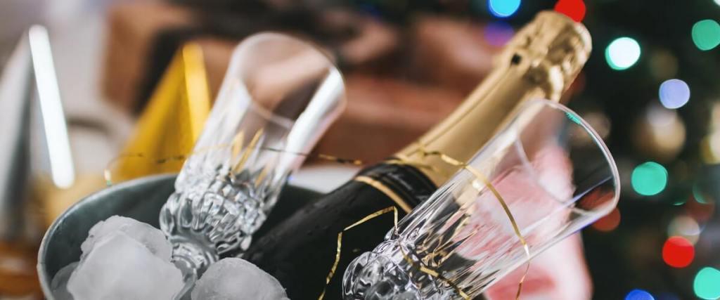 spara öppnad champagne