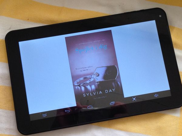 """""""Spejlet i dig"""" (Crossfire #2) - Sylvia Day - boganmeldelse - Bogfinken bogblog"""