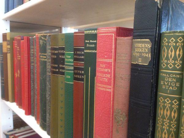 25 Bookish facts about me - Bogfinken bogblog - Benedikte Jensen