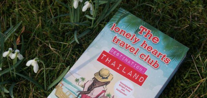 """""""Destination Thailand"""" (The lonely hearts travel club #1) af Katy Colins - Bogfinkens bogblog"""
