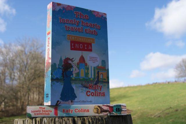 Destination India (The lonely hearts travel club #2) af Katy Colins - Bogfinkens bogblog
