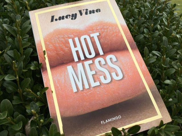 Hot Mess af Lucy Vine - Bogfinkens bogblog