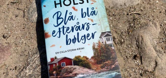 Blå blå efterårsbølger af Christoffer Holst - Bogfinkens bogblog