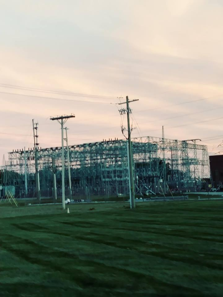 To show reader picture of powerstation.