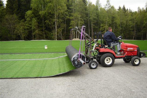 Unroll roles artificial grass turf synthetic grass roll