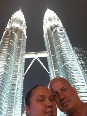 Petronas towers oli hulppea ja maailmn korkein kaksoistorni