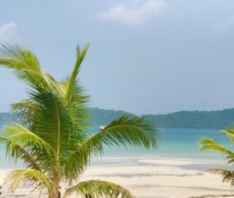 Tämä saari vei mun sydämen. En ole koskaan nähnyt niin hienoa valkoista hiekkaa ja sinistä vettä. Saarella oli vain kourallinen ihmisiä eli siellä sai asustella aivan rauhassa
