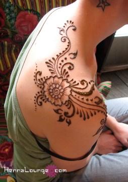Shoulder henna