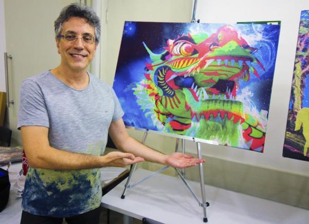 """O Artista Plástico e Psicanalista Henrique Vieira Filho e sua tela Ch'ien (Hexagrama """"O Criativo""""): o dragão é o seu Alter-Ego"""