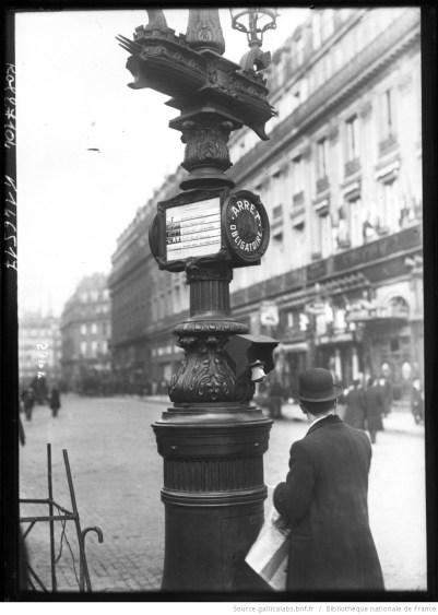 18-2-13, nouveau signal indicateur de la CGO. Photographie de presse, agence Rol, 1913