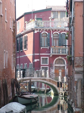Venetian canal scene with bridge © Henry Hyde