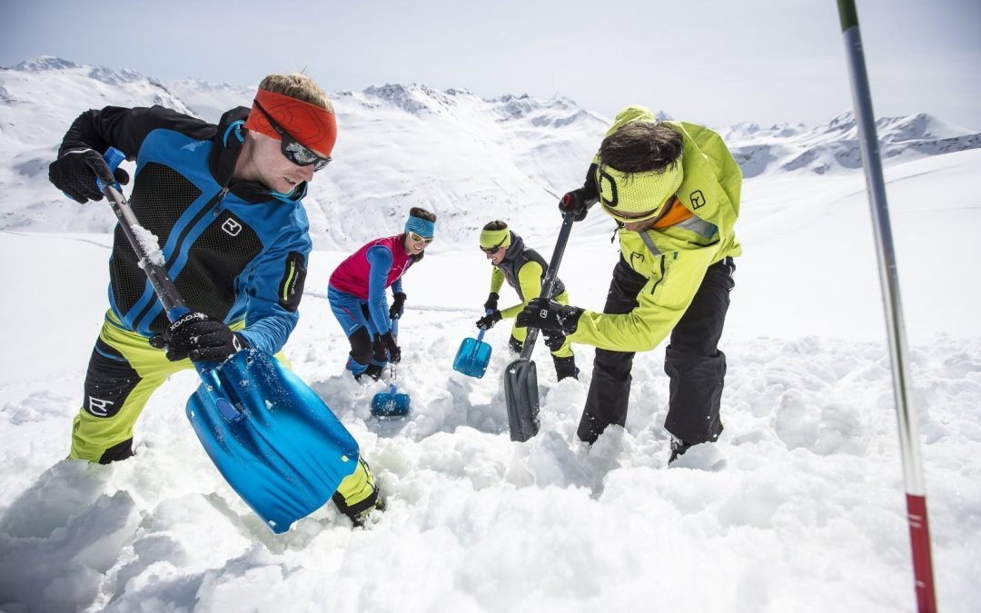 Transceiver training in Val d'Isere Wednesday's