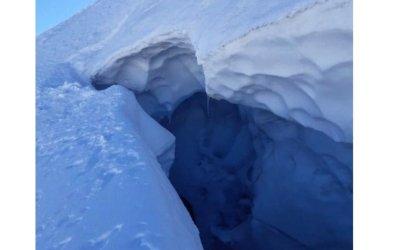 Off-piste snowboarder falls 10 metres into crevasse