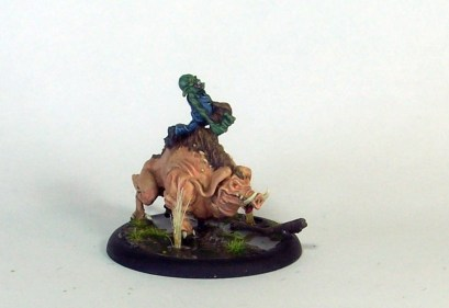 gremlin-pig-rider-02