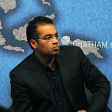 Krishnan_Guru-Murthy_at_Chatham_House_2013