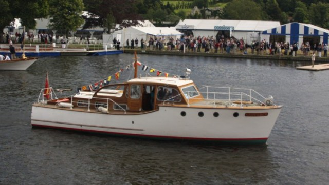 Lady Lucy at Henley