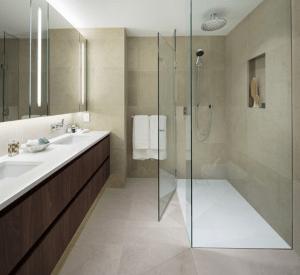 The smithe presale vancouver condo washroom