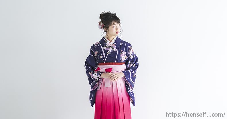 袴姿の女子大生