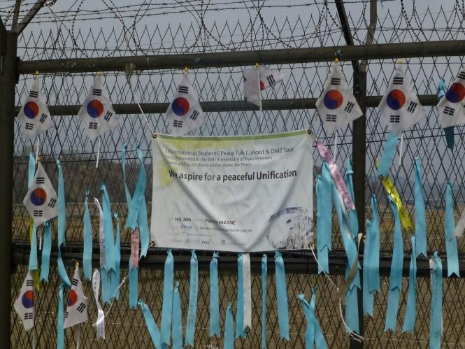 Bannière étudiants réunification www.heol-cafe.com