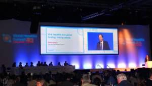 Debate sobre precio de medicamentos para Hepatitis C en World Hepatitis Summit Escocia 2015, participación HCV Sin Fronteras