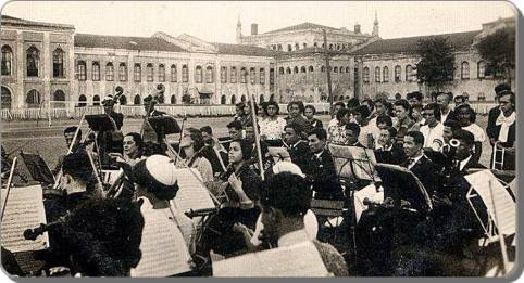 Eski Istanbul - Taksim Stadı Konser 1930 lar