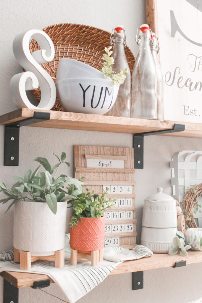 spring kitchen decor