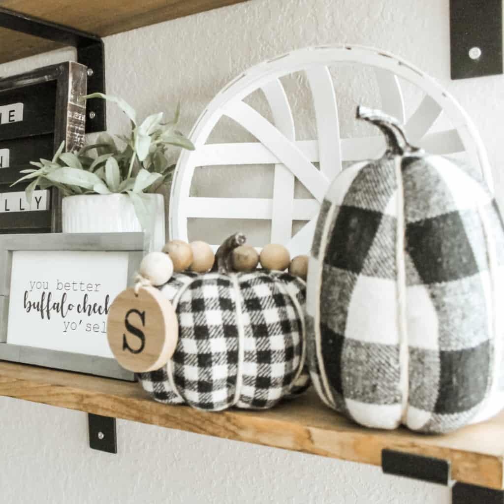 fall shelve styling