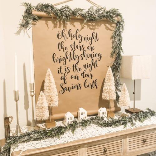 $1 DIY Farmhouse Christmas Scroll with Free Christmas SVG Cut File